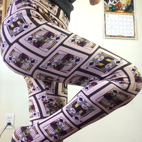 LuLaRoe Pants - Lularoe One Size Leggings Playing Cards Queen